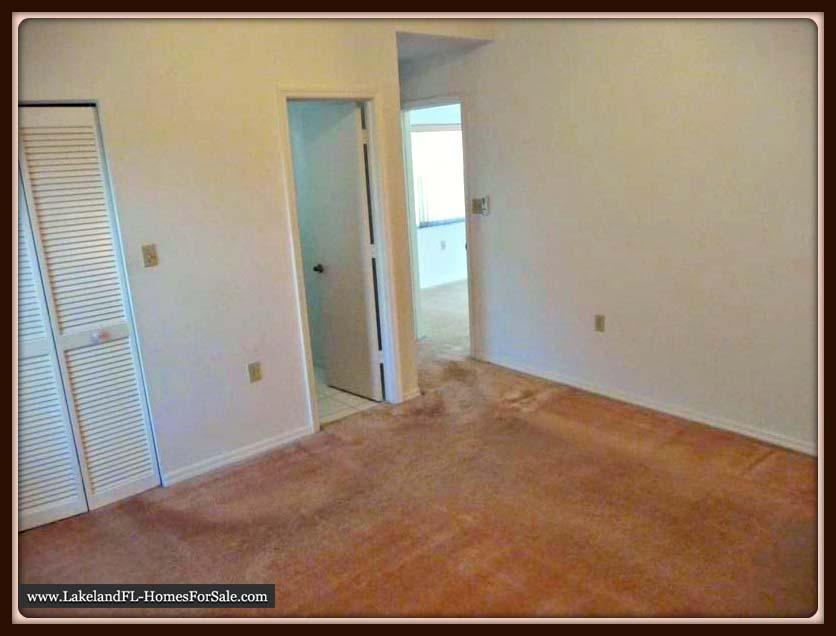 Lakeland FL Home for Sale | 6210 Crane Dr | The Master Bedroom