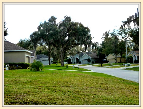 There is no need to wait long for a short sale in this uniquely designed home for sale in Lakeland FL - you can have own it now!