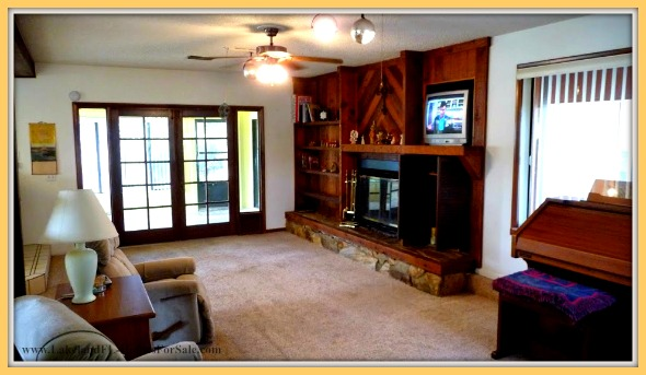 Prepare for a cozy and inviting ambience in this stunning 4 bedroom home for sale in Lake Wales FL.