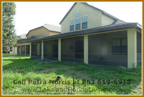 Create special memories with your family in this impressive 4 bedroom Mulberry FL home for sale.