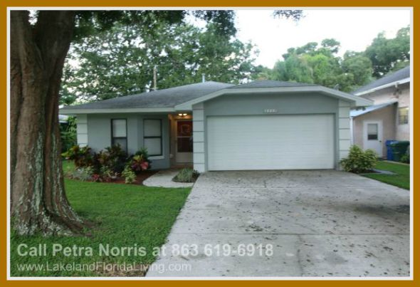 Have easy and convenient access to the lakes when you live in this stunning Winter Haven 3 bedroom home for sale.