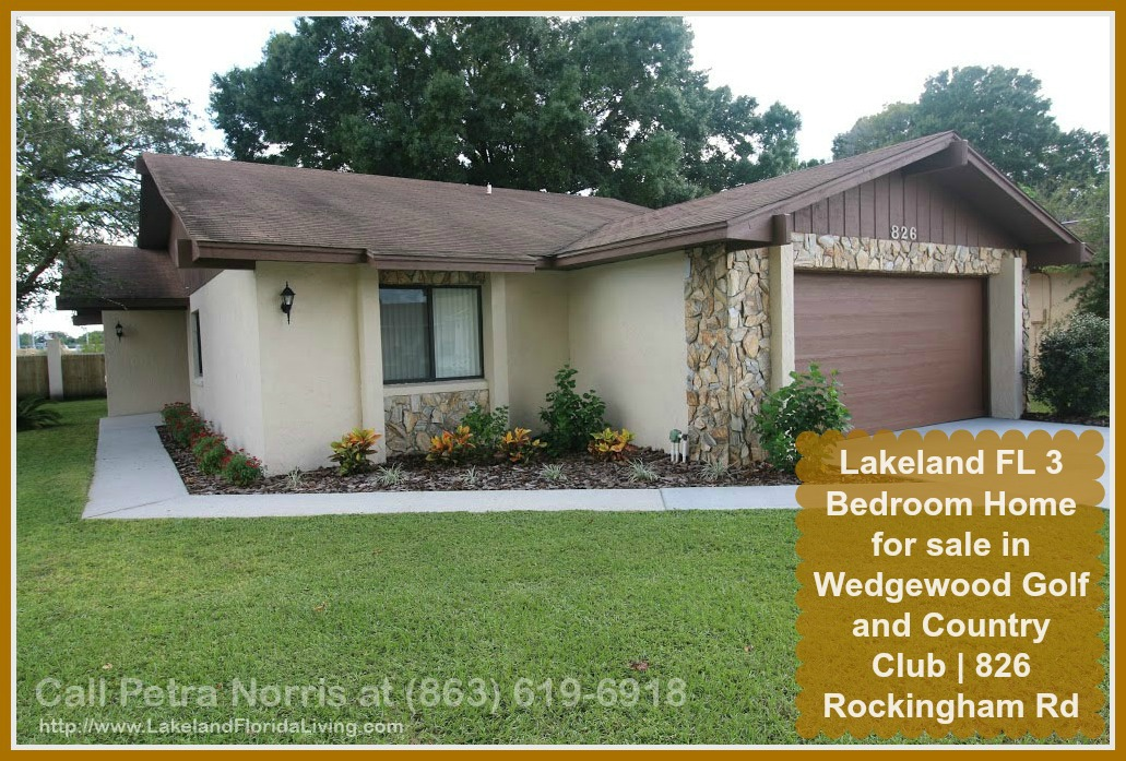Wondering how suburb living is all about? Check out this stylish Lakeland FL 3 bedroom home for sale in Wedgewood Golf and Country Club.